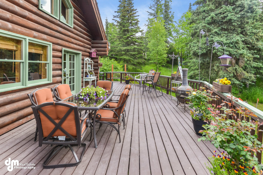 Cinch your home sale with great outdoor living space.