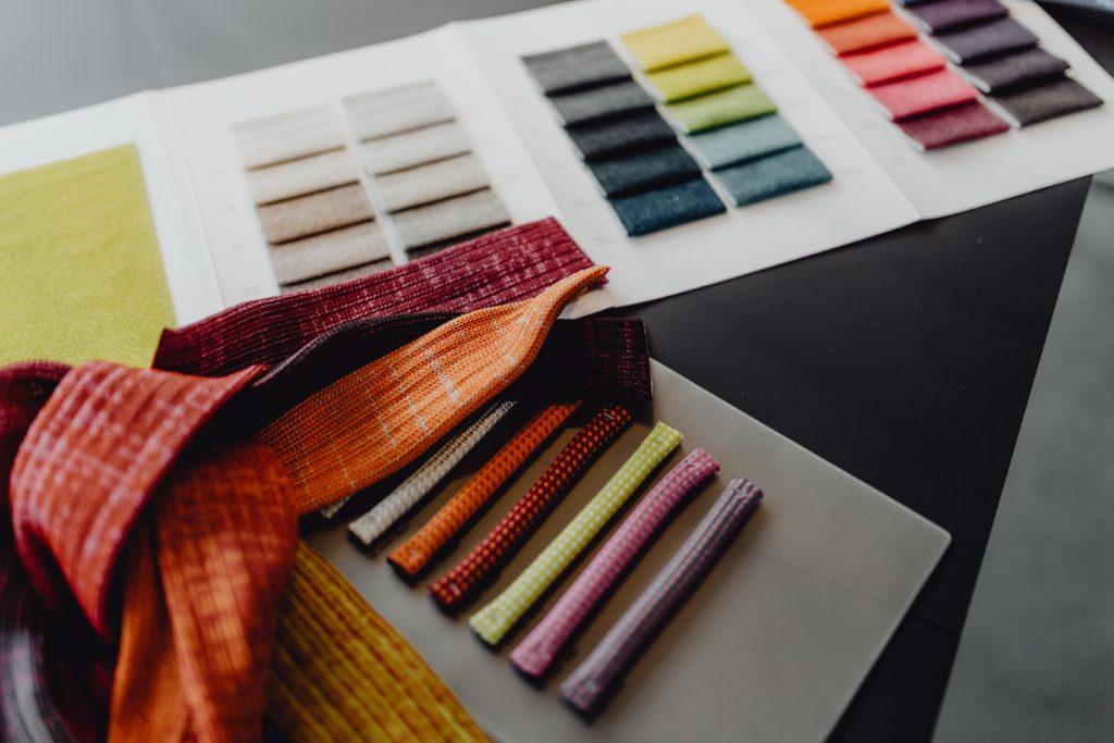 Why Decorating Makes Us Happy #Interiordesign #interiordecorating #paint #colors #homestyling #homedecor #homedesign #moderndecor #colorfuldecor #interiordecor #beautifulhomes #homeinspo #decorinspo #homeinspo #decorating #interiorstyle #homestyle #colorstrategy #colorconsultant #interiorcolor #colorfuldecor